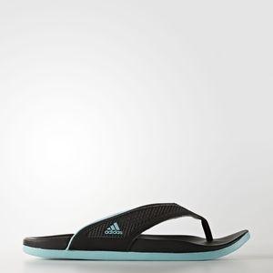 Adidas ADILETTE flip flip size 7 ladies